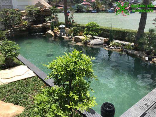 Hồ cá koi sân vườn mẫu 4