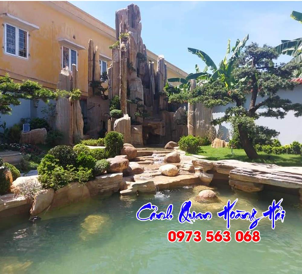 Hồ cá koi sân vườn tại Đồng Nai