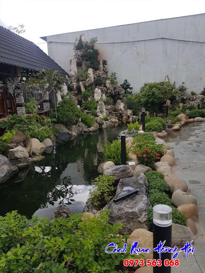 Hòn non bộ - Hồ koi sân vườn