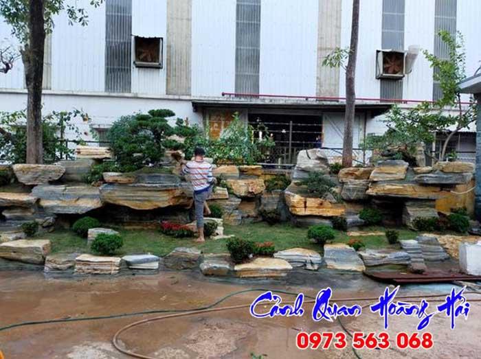 Hòn non bộ sân vườn Bình Thuận