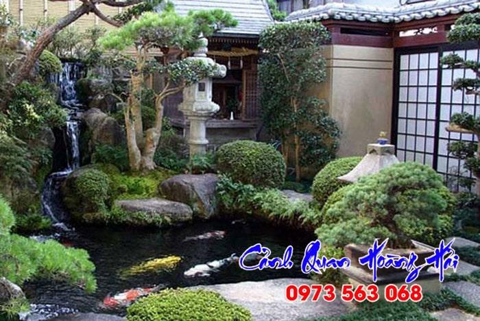 Hồ cá sân vườn kiểu Nhật