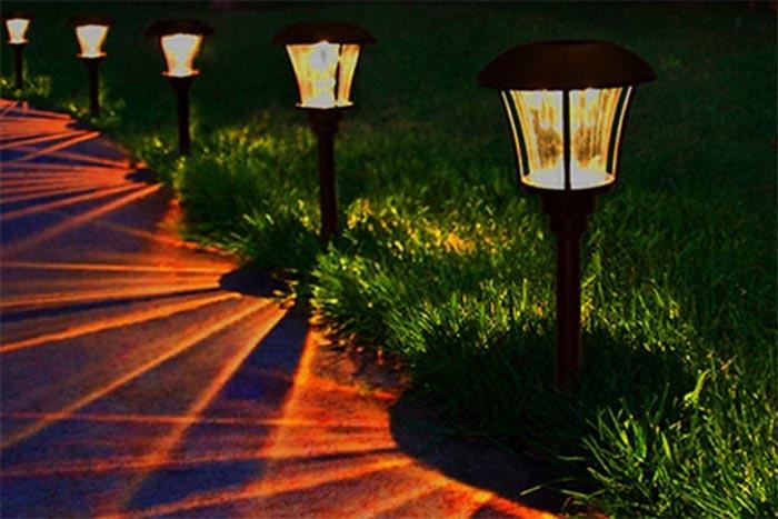Đèn trụ sân vườn tầm thấp